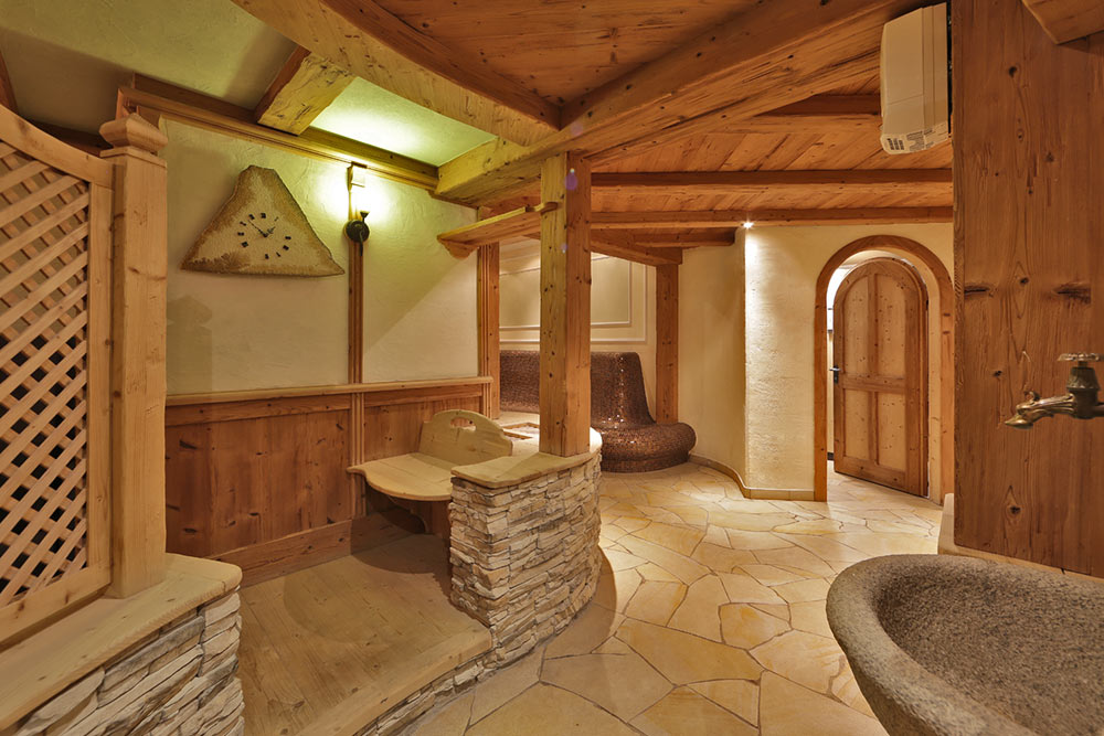 hotel-tiroler-adler-sauna-wellness-south-tyrol